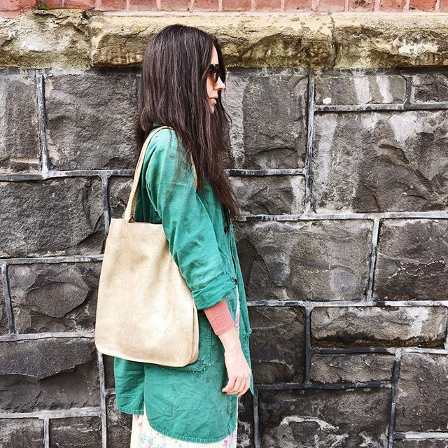 Happy Monday! Tote around one of these beautiful metallic leather bags and add a little extra sparkle to your week!