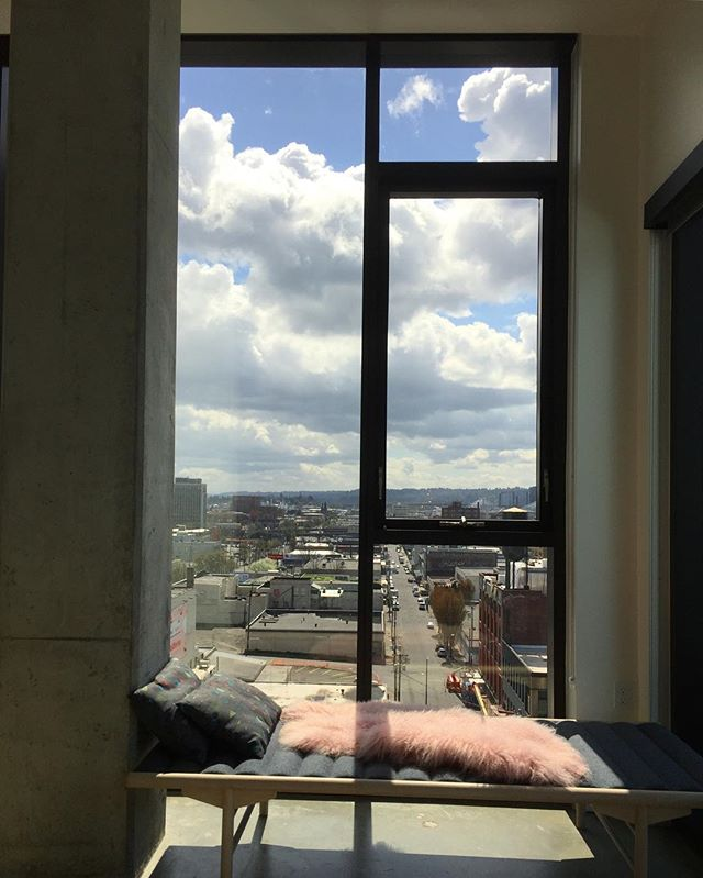 Today's view is pretty nice.  Happy birthday sweet friend!! @alissa_pea