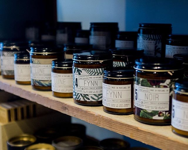 We often get asked about great local products here in the shop, and some of our favorites to suggest are @trulykindred candles! 6 dreamy scents, made locally by a female owned business.  It doesn't get much better than that.