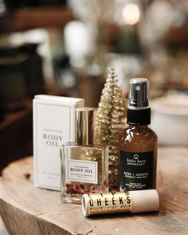 Pretty things for your pretty face.  We have a wonderful selection of apothecary gifts for men and women.