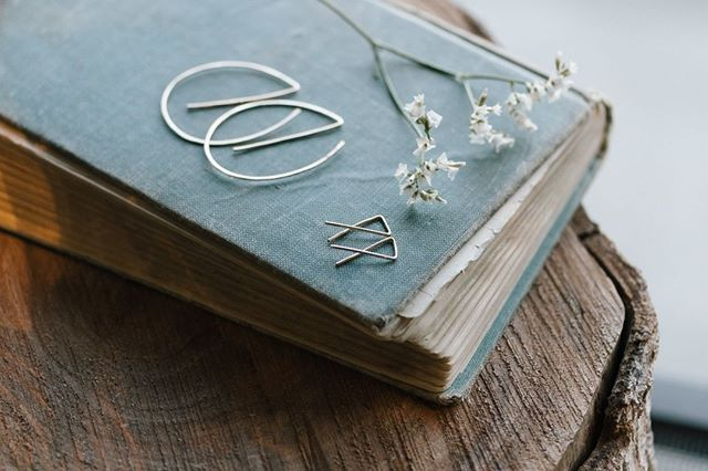 Simple & delicate. Just how we like it! Minimal earrings by @tumbleweedbeadco are just a few of our favorite pieces of jewelry in the shop. Know of a brand you think we should carry? Let us know in the comments!