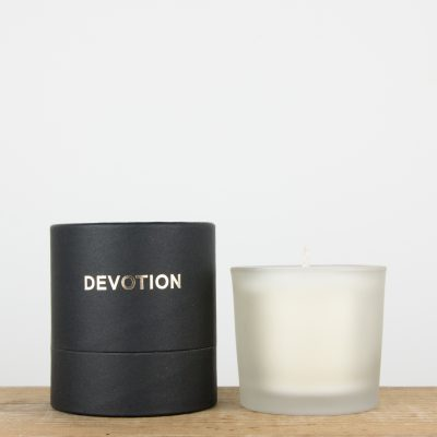 devotion-candle