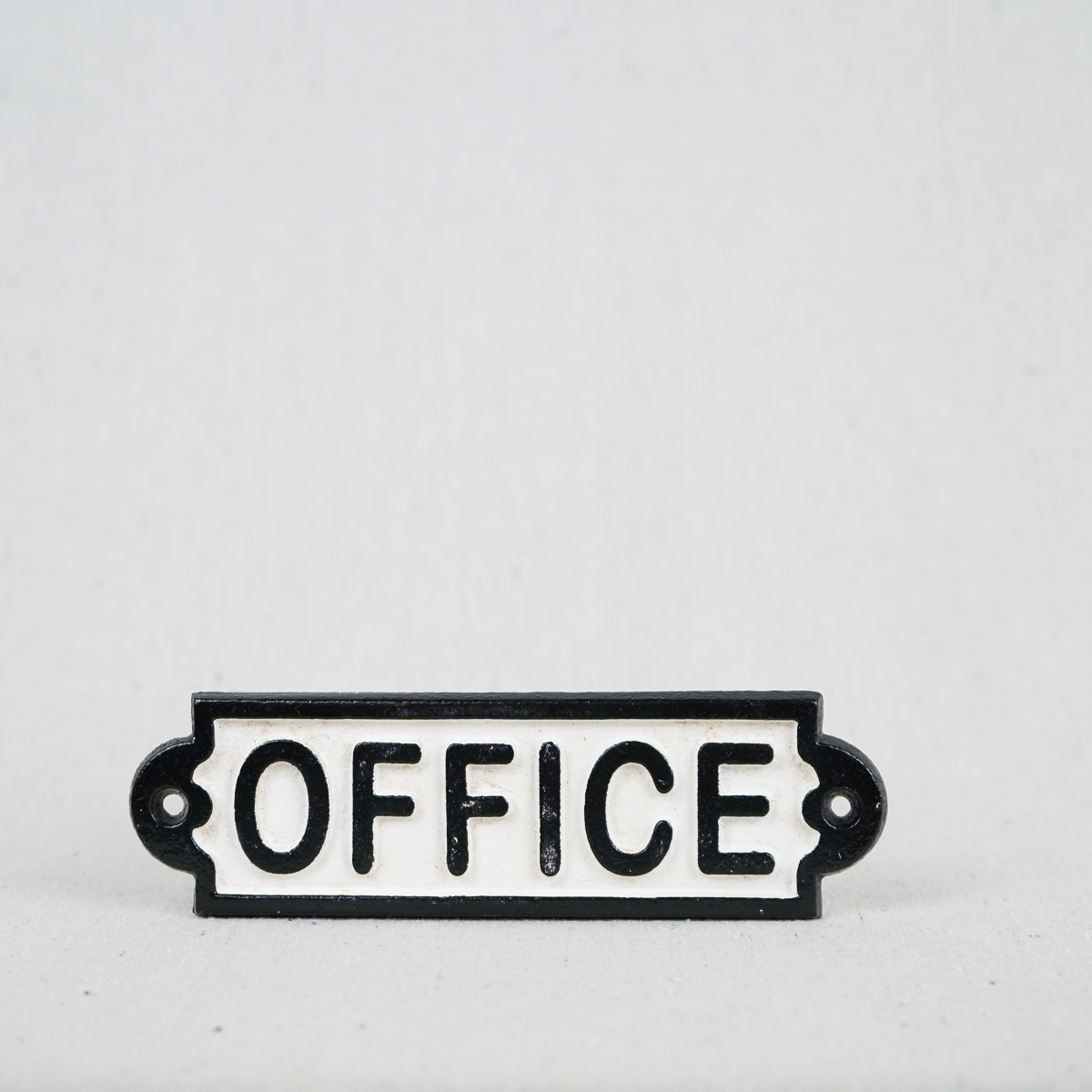 Charmant Vintage Office Sign