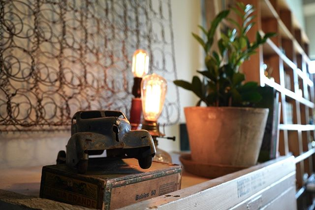 Decor pieces with a history are so special. Do you collect any vintage items?