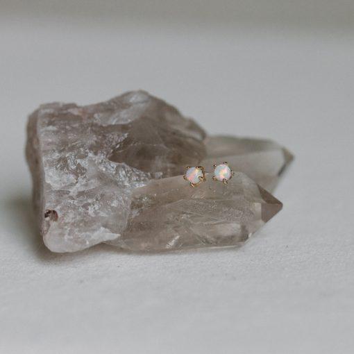 opal-studs