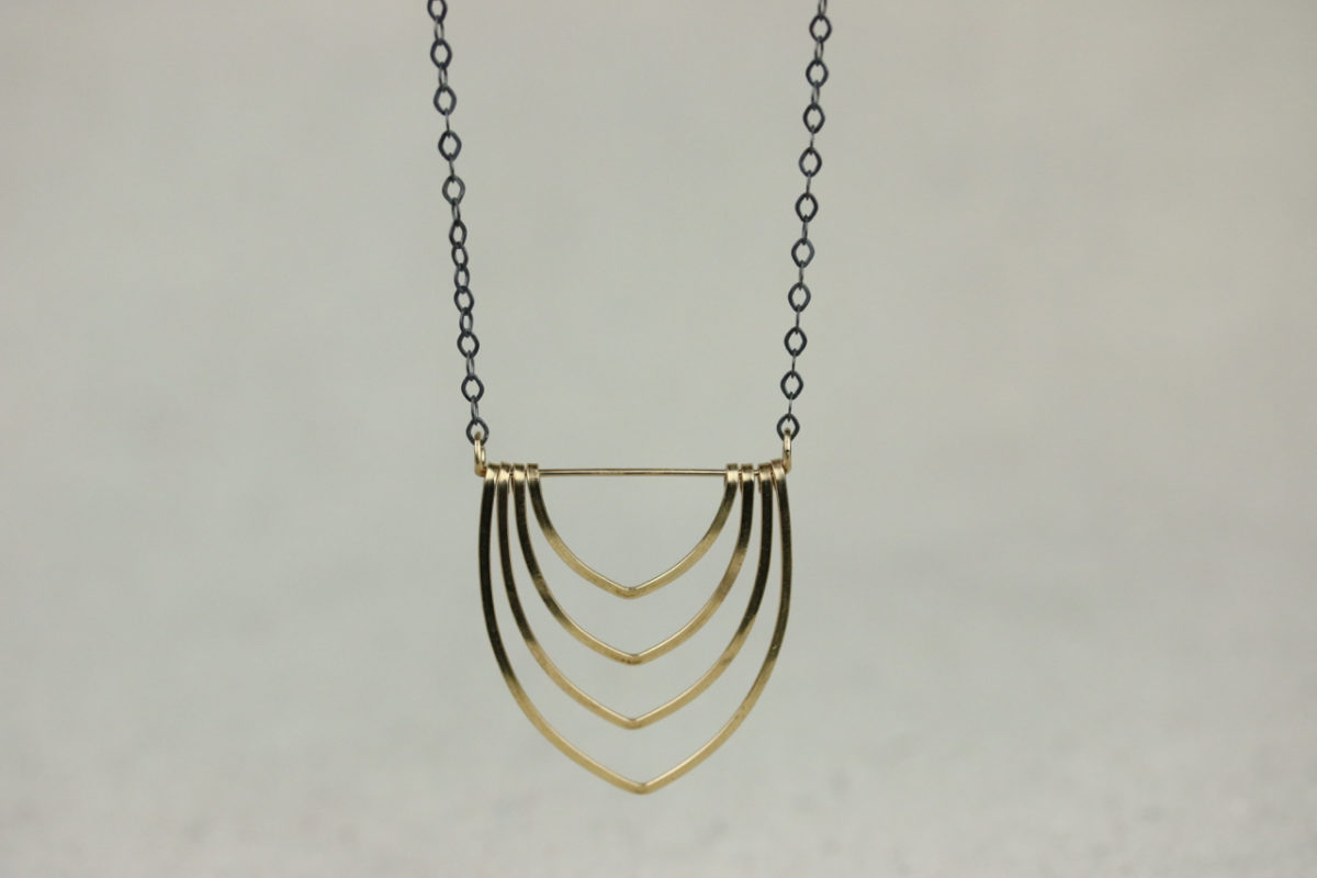 long-calidora-necklace-view2