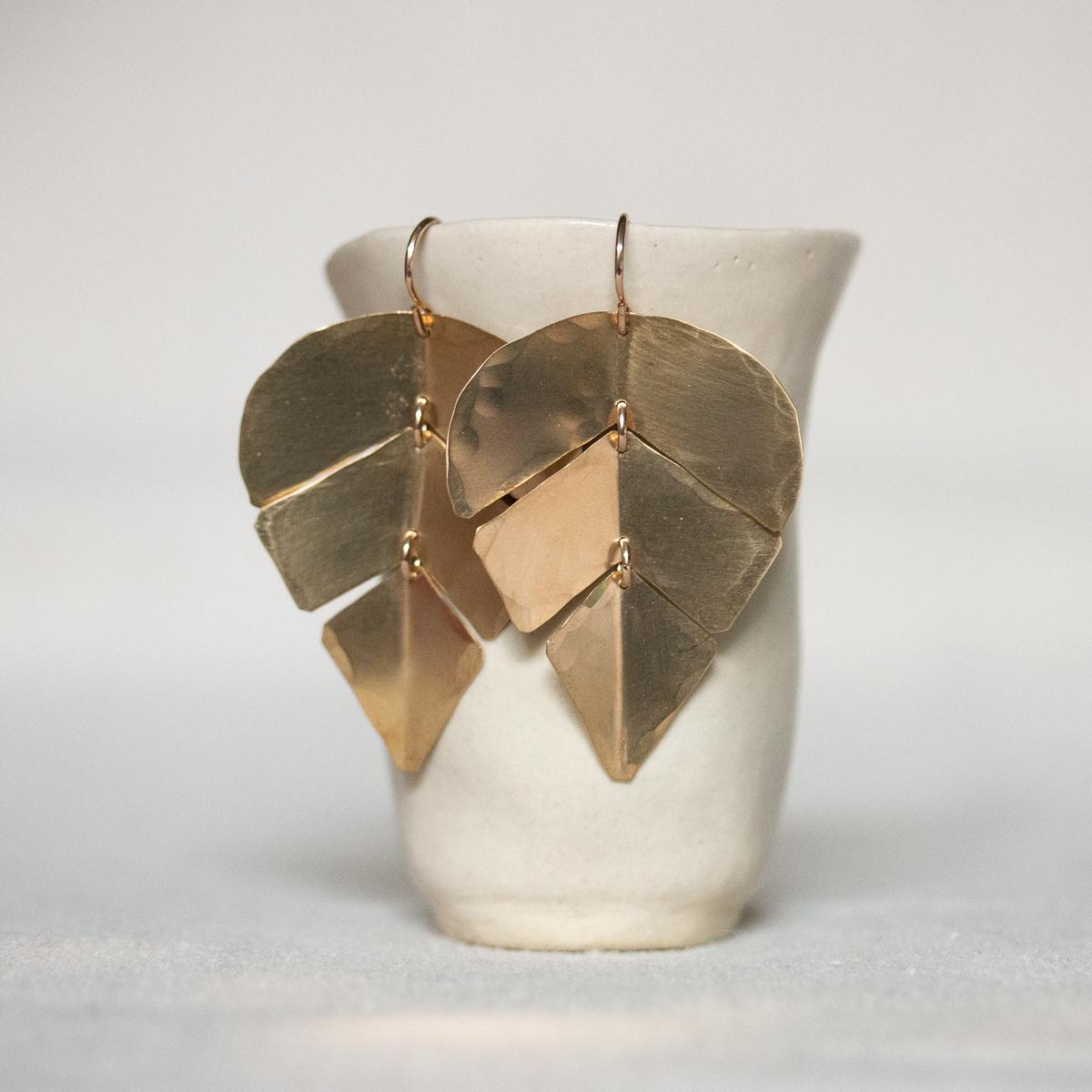 ola-earrings-brass