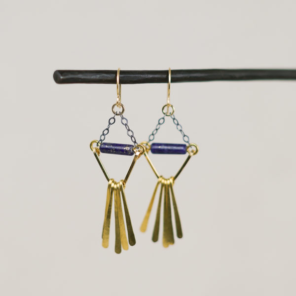 zebrina-earrings-lapis