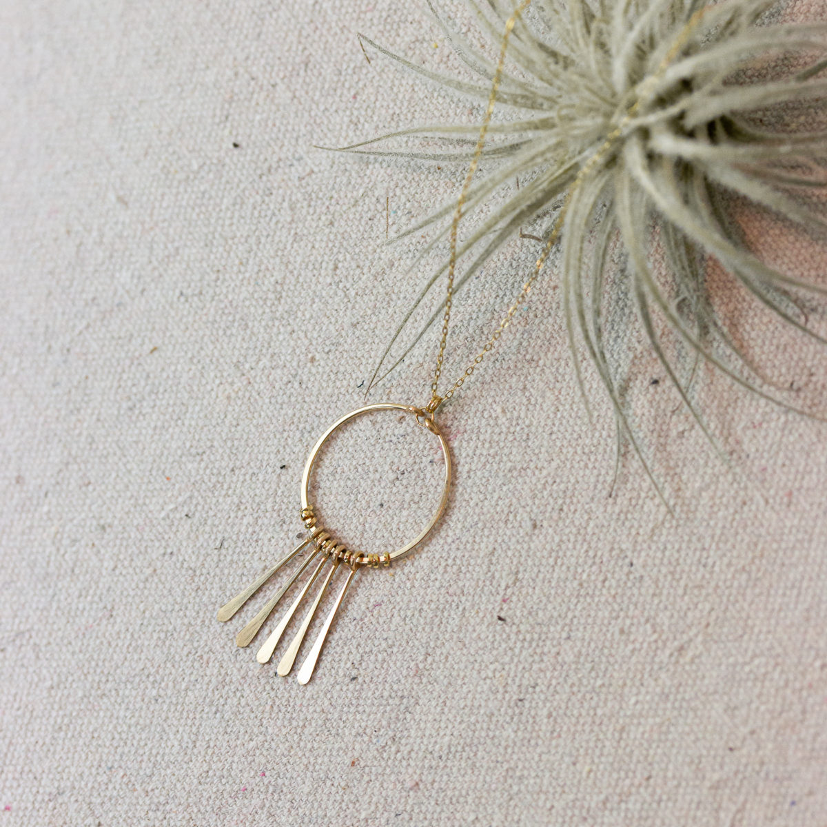 circle-fringe-necklace-gold-fill